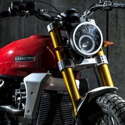 Fantic Caballero 250 Scrambler rossa moto iniezione elettronica