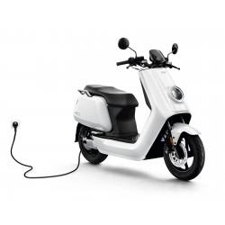 Scooter elettrico Niu N1 bianco lucido motore bosch 2400w