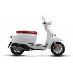 Lambretta scooter V-Special flex 125cc 4-tempi colore bianca